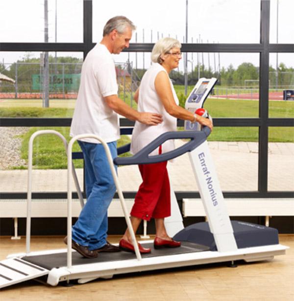 EN-Motion Laufband gibt Sicherheit