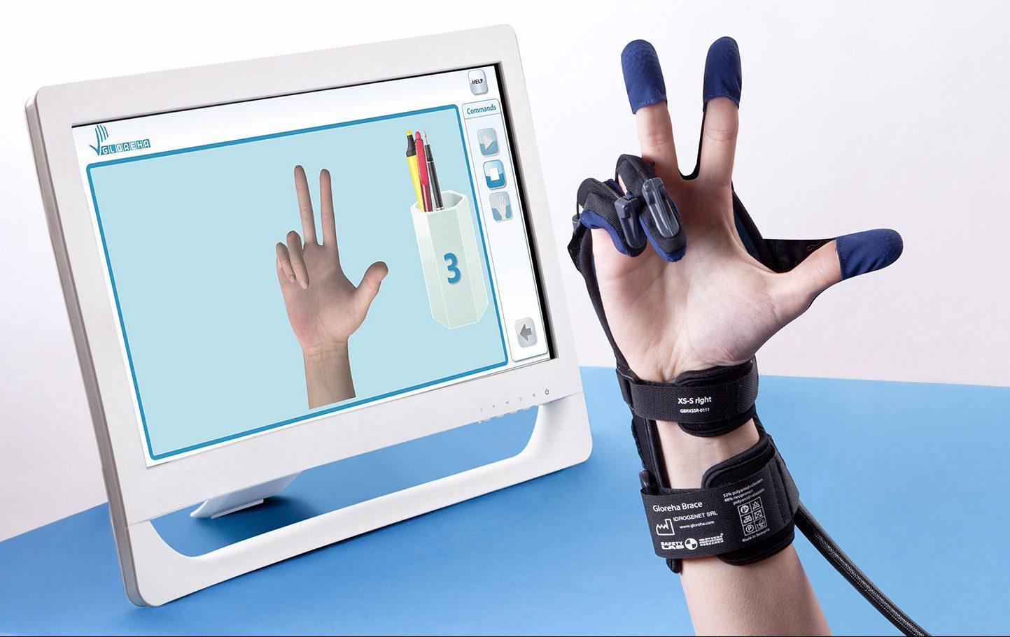Handreha, Handtherapie und Handrehabilitation mit der Gloreha inkl Touchscreen in der Ergotherapie. Ergotherapeutisch für die Hand - hohe Bewegungszahlen assistiv und passiv - Ergo